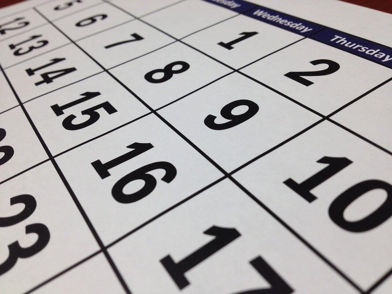 postpone, put off, push back – 「延期する」という意味の英語表現